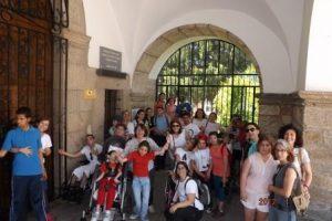 Convivencia alumnos, padres y profesionales @ Urbanización Campomanes